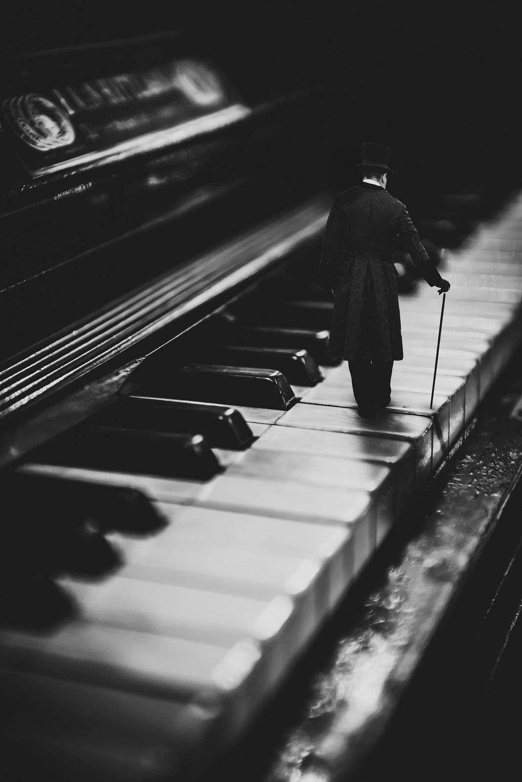 عکس پیانو برای پروفایل دخترونه