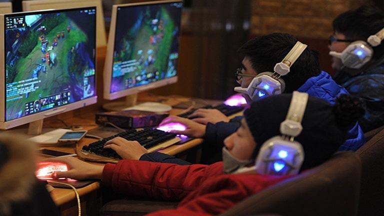 چین انجام بازیهای آنلاين برای نوجوانان را محدود کرد
