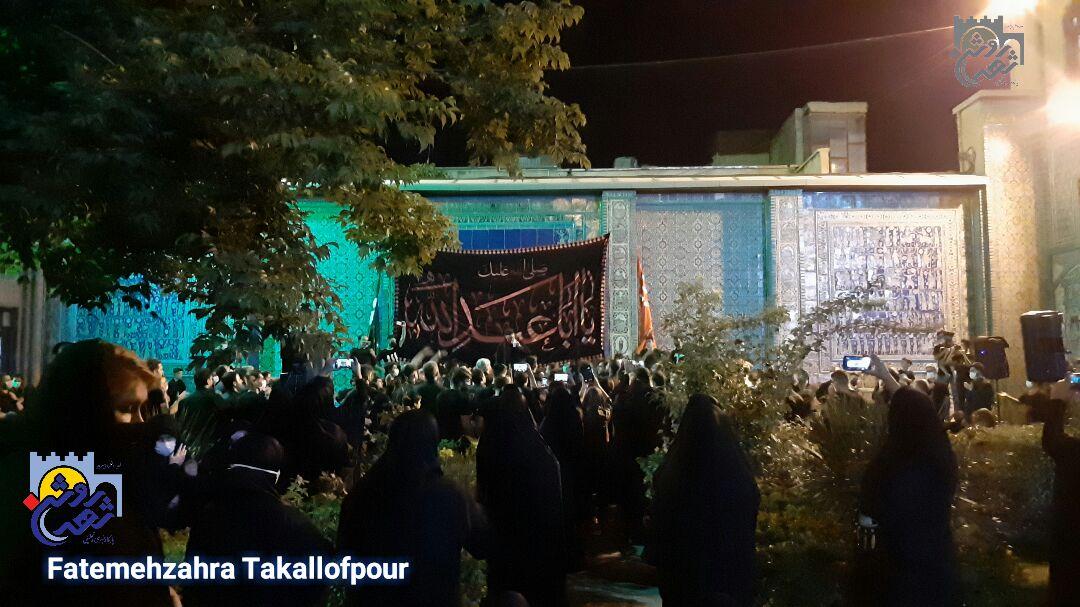 مراسم شب تاسوعای حسینی در دروازه نجف کرمانشاه به روایت تصویر