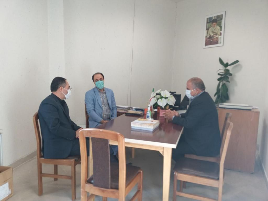 دیدار سرپرست شهرداری و رئیس شورای اسلامی شهر آبعلی با رئیس نهاد کتابخانه های عمومی شهرستان دماوند